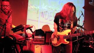 The Glareless @ THE UNDERGROUND Song without Words (2) Lingering Part 1