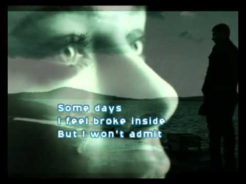 Christina Aguilera - HURT (with lyrics)