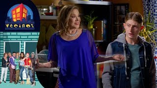 Vecinos, Capítulo 8: Lorena, enamorada | Temporada 6 | Distrito Comedia