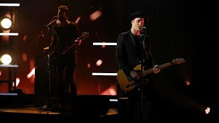 Gambar cover Duo Bob Moses Performs 'Back Down'!