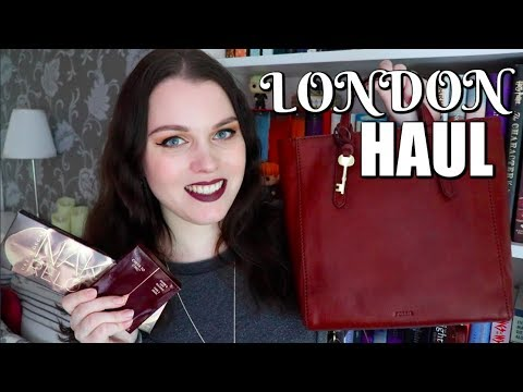 HUGE LONDON HAUL | Books, Makeup & More!