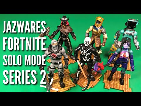 Jazwares Fortnite Series 2 Dark Bomber Skull Trooper & Battle Hound 4'' Action Figure Toy Review!