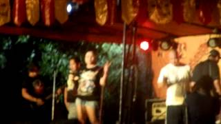 OCTOBER 23, 2013.TRES LUSE WITH THE NOTORIOUS SCENE FAMILY..OCTOBEER FESTIVAL AT PASKUHAN VILLAGE..