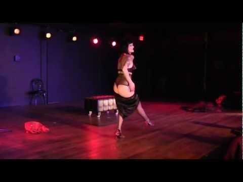 Tessa Von Twinkle - Improv burlesque w/ Live Band