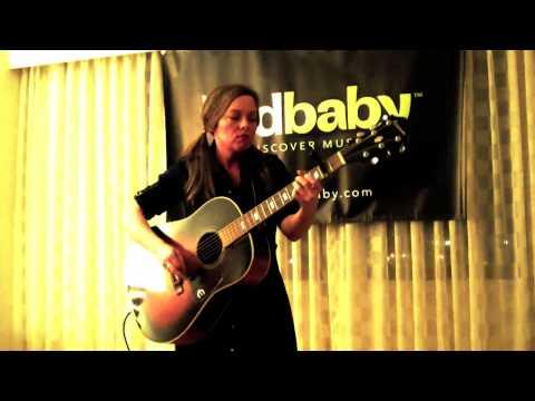 Rachel Harrington - Sunshine Girl - Live at Folk Alliance 2010