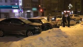 В Кирове участники аварии едва не превратили проезжую часть в импровизированный ринг
