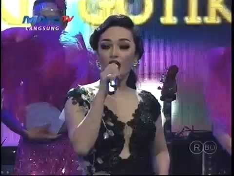 MNCTV Dangdut Awards (11/12) - Zaskia Gotik