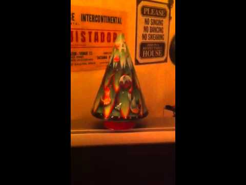 Musical biscuit tin Christmas tree
