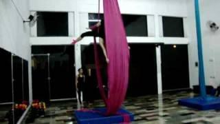 Tecido acrobático- Mihh e Gabi thumbnail