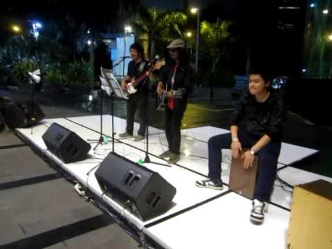 Rangga Pranendra - Himawari (live at Earth Hour 2014)