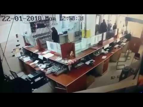 Robbery in manappuram gold finance company at kota