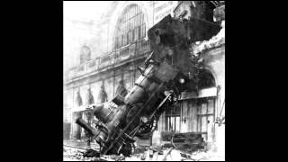 22nd October 1895: Train crashes through a wall in Paris
