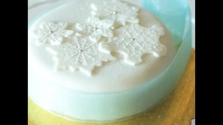 Come decorare una torta per Natale - videoricetta dolci di Natale
