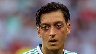Böse Deutsche sollen rassistisch zu Mesut Özil sein!