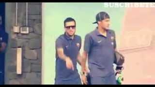 Dani Alves mocking Neymar shoes - funny