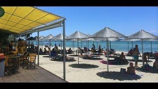 Кемпинг Озони Бич Греция, Camping Ouzouni Beach Greece(Кемпинг Ouzouni Beach расположен прямо на берегу моря. Море чистейшее, есть и мелкая коса для детей, и глубина..., 2015-10-12T10:08:32.000Z)