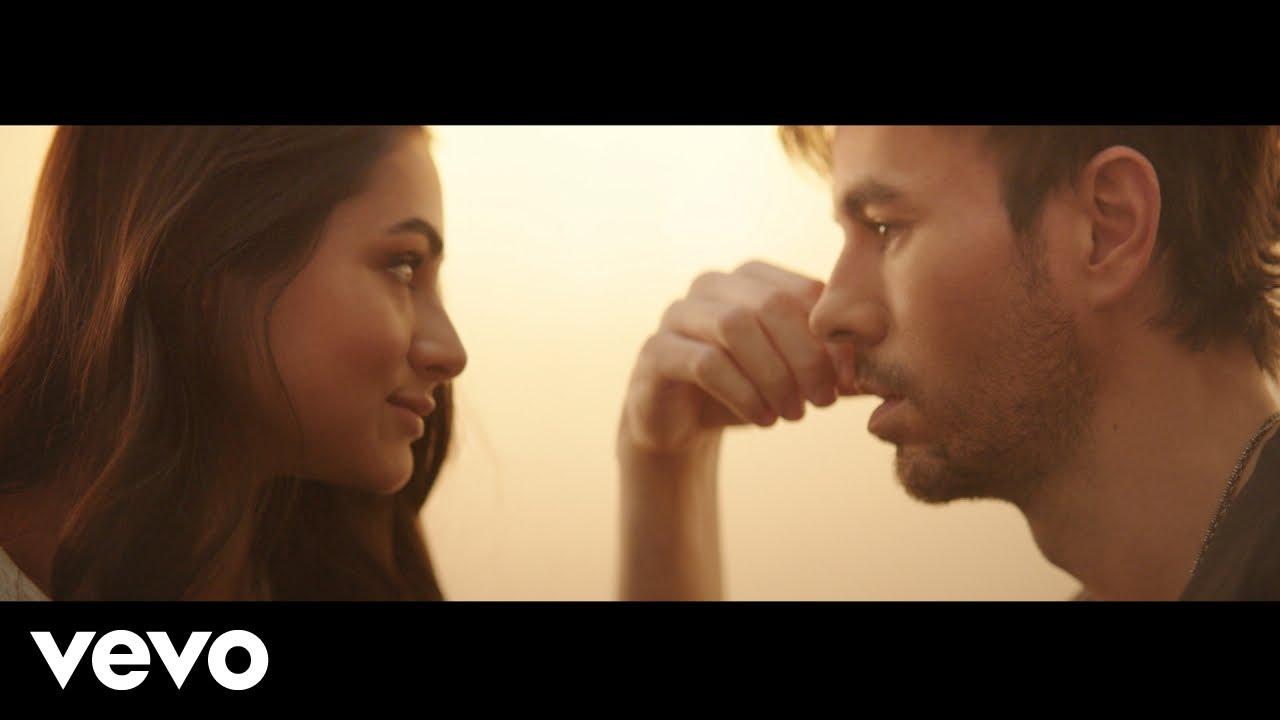 Download Enrique Iglesias - PENDEJO (Official Video)