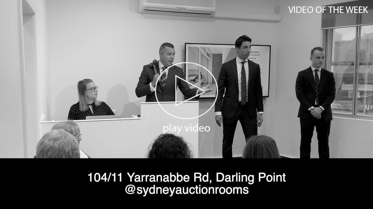 Darling Point apartment sold at strong auction at Sydney Auction Rooms