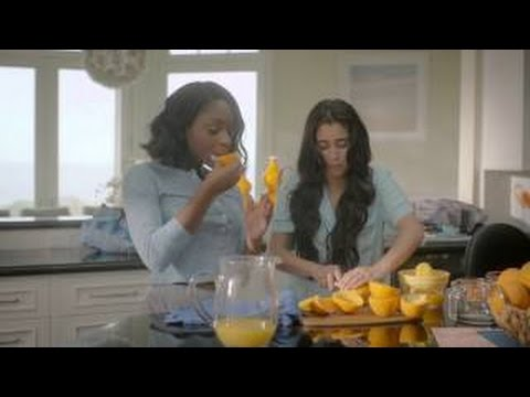 Fifth Harmony's Lauren Jauregui Feel The Real  Easy Morning Routine  CLEAN & CLEAR®  (Subtitulado)