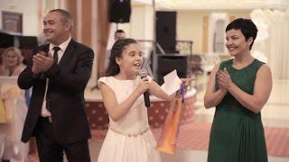Поздравление 11-летней сестры жениха взорвало весь зал!