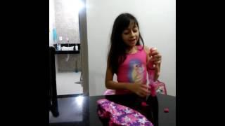Demonstração da boneca barbie super pink