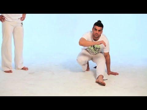 How to Do the S-Dobrado | Capoeira