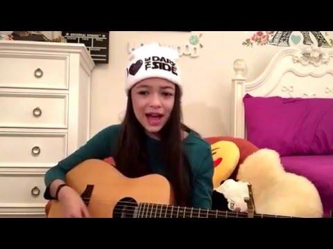 Nikki Hahn singing You Belong With Me  Taylor Swift