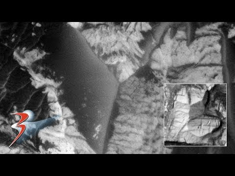 Massive Structures and Small Craft found on Mars