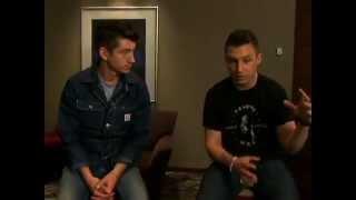 Baixar Arctic Monkeys fala à Globo News sobre show no Lollapalooza, em São Paulo
