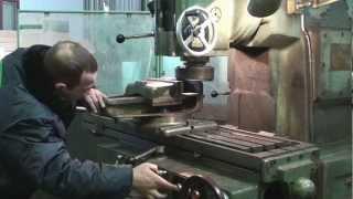 видео Шлифование поверхности металла: виды, процесс, оборудование