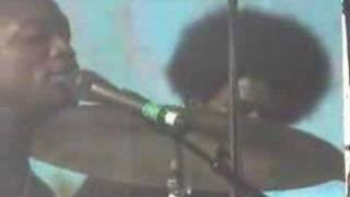 The Roots - Masters of War - LIVE