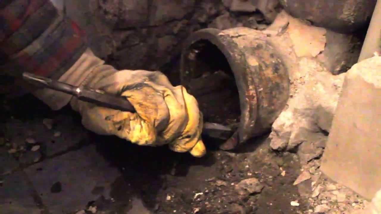 Замена унитаза,чугунная канализация. - YouTube