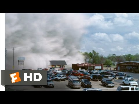 The Mist (1/9) Movie CLIP - The Mist Arrives (2007) HD