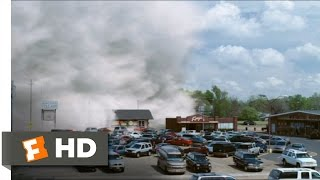 The Mist (1/9) Movie CLIP - The Mist Arrives (2007) HD
