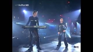 Eiffel 65 - Blue / Move Your Body (Live at RSH Gold Der Musikpreis für die Stars 1999)