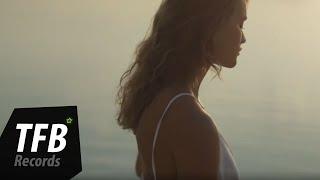 Смотреть клип Ilkan Gunuc - Looking For Love