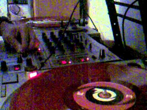 Liquid Dnb mix for sound folk feat.... Q project, commix, netsky, child support, cambridge 4....