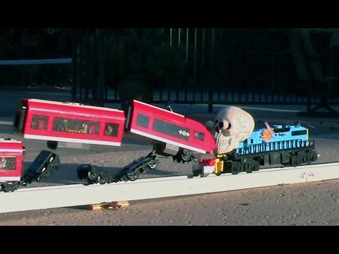 halloween horror train crash - Lego Halloween Train