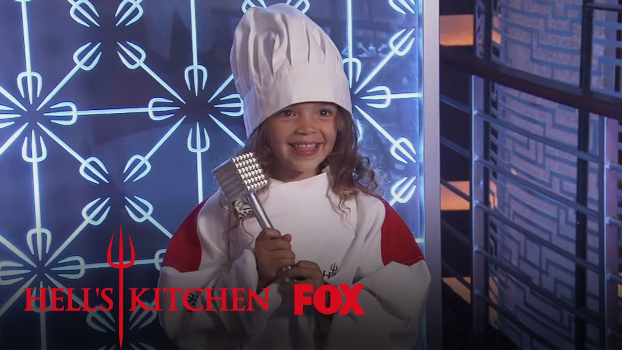 Family night in hell 39 s kitchen season 15 ep 5 hell 39 s for Hell s kitchen season 15 episode 1