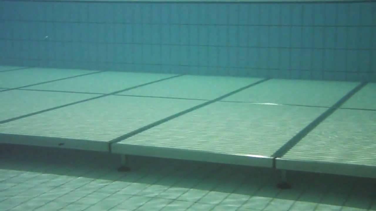 Plataforma de redu o de profundidade para piscinas youtube for Plataforma para piscina