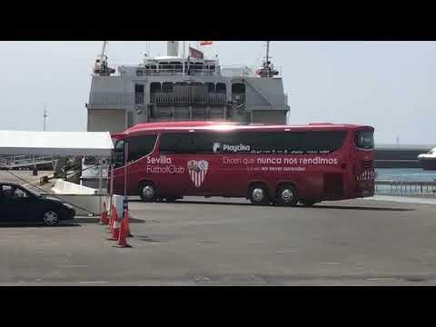 El Autobús del Sevilla Pone Rumbo a Tánger