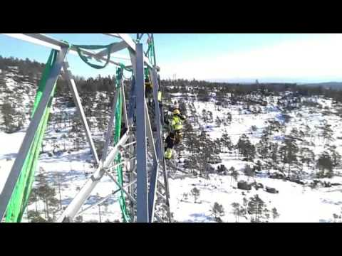 building power line 420kV using helicopter