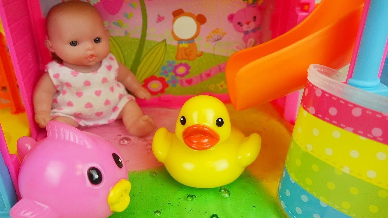 Baby Doll Water Slime Slide And Bath Surprise Eggs Toys Play Youtube Boneka Hello Kitty Wedding14ampquotn A