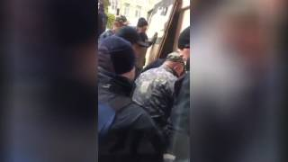 Возле ресторана на Хмельницкого в Киеве произошла очередная потасовка