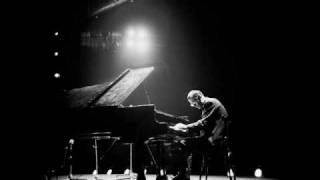 Bill Evans - MASH Theme (Suicide is Painless)_