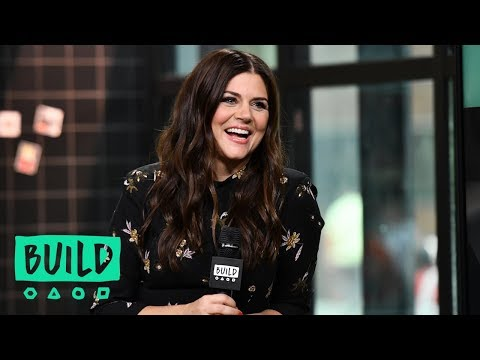 "Tiffani Thiessen Discusses Her ""Pull Up A Chair"" Cookbook"
