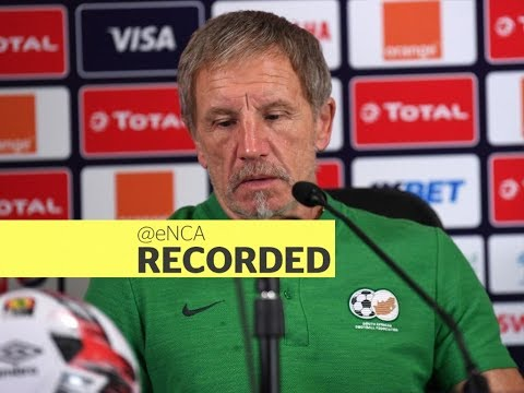 Bafana coach Stuart Baxter briefs the media on his future with the national team
