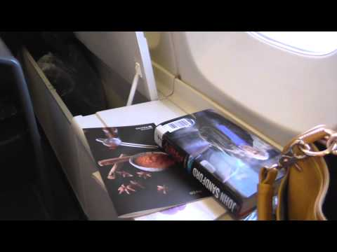 United Airlines 747 Upper Deck: San Francisco to Tokyo Business Class