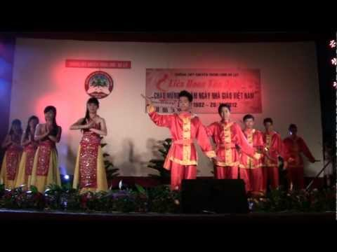 Đất Việt tiếng vọng ngàn đời - 11Hóa1