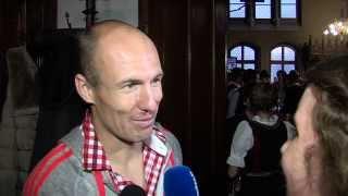 Arjen Robben: Haben gefeiert, bis es wieder hell war | Triple-Feier des FC Bayern München